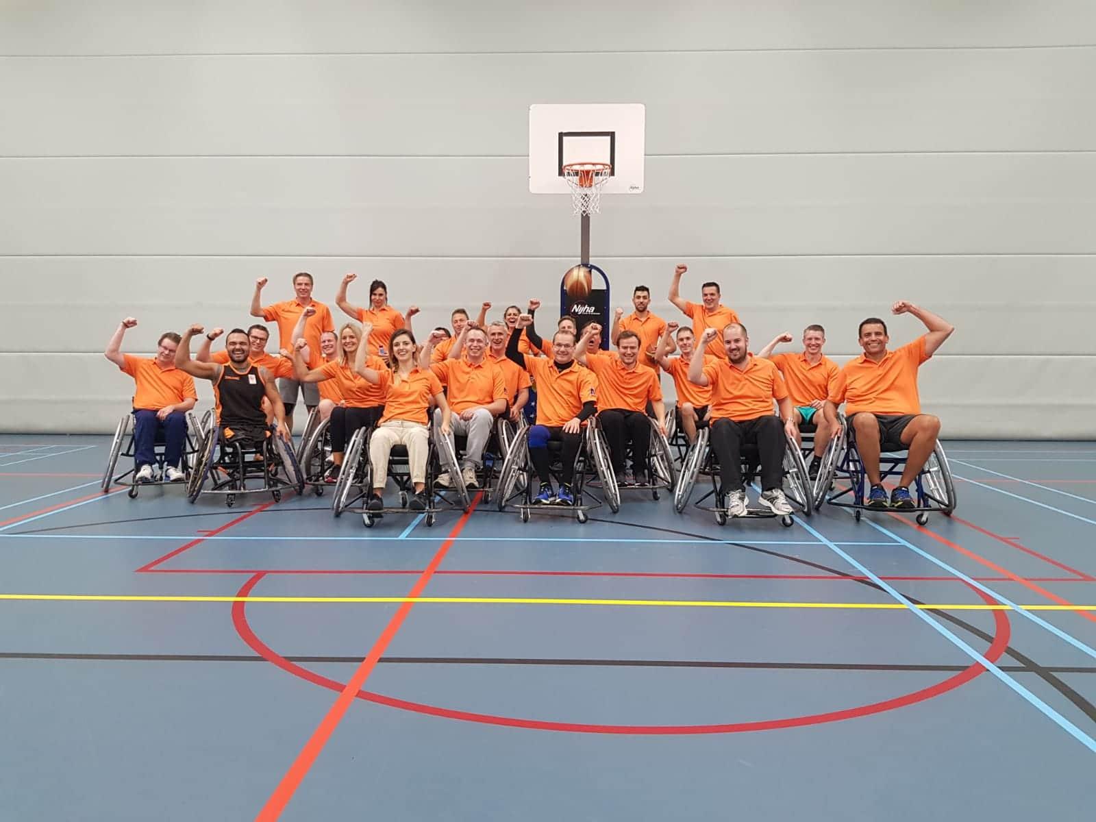 Clinic rolstoelbasketbal als teamuitje